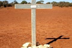 Day 12 Past Wiluna grave 2